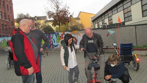 "Weltschlaganfalltag mit dem ""VITAL e.V."" und dem ""BSZ Anne Frank"" 2015_10_25 • <a style=""font-size:0.8em;"" href=""http://www.flickr.com/photos/154440826@N06/36810138540/"" target=""_blank"">View on Flickr</a>"