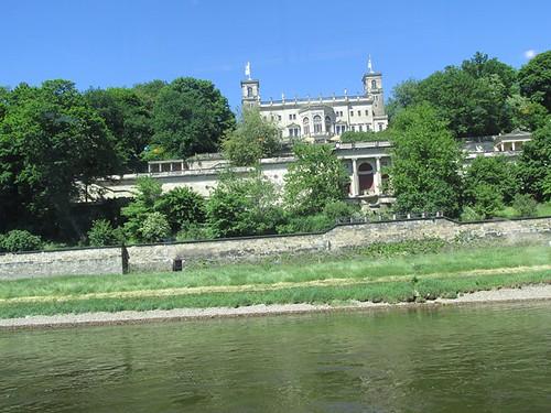 """Tagesfahrt nach Dresden die gläserne Manufaktur und dann mit dem Dampfer die Elbe rauf • <a style=""""font-size:0.8em;"""" href=""""http://www.flickr.com/photos/154440826@N06/36996442426/"""" target=""""_blank"""">View on Flickr</a>"""