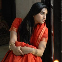 Indian Actress Ramya Hot Sexy Images Set-1 (91)