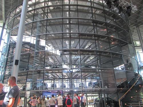 """Tagesfahrt nach Dresden die gläserne Manufaktur und dann mit dem Dampfer die Elbe rauf • <a style=""""font-size:0.8em;"""" href=""""http://www.flickr.com/photos/154440826@N06/36372182913/"""" target=""""_blank"""">View on Flickr</a>"""