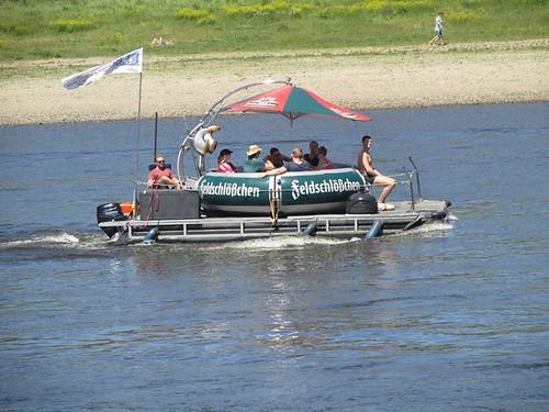 """Tagesfahrt nach Dresden die gläserne Manufaktur und dann mit dem Dampfer die Elbe rauf • <a style=""""font-size:0.8em;"""" href=""""http://www.flickr.com/photos/154440826@N06/36996443156/"""" target=""""_blank"""">View on Flickr</a>"""