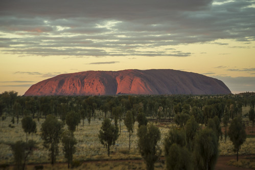 "shadow on Uluru • <a style=""font-size:0.8em;"" href=""http://www.flickr.com/photos/56090128@N05/35584737644/"" target=""_blank"">View on Flickr</a>"