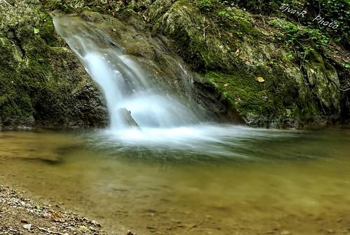 Hiking Forest Waterfall / Túra Erdő Vízesés