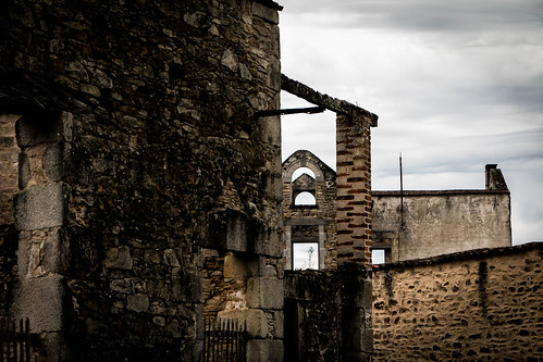 "Oradour sur Glane • <a style=""font-size:0.8em;"" href=""http://www.flickr.com/photos/91404501@N08/36769555342/"" target=""_blank"">View on Flickr</a>"