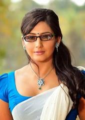 Indian Actress Ragini Dwivedi  Images Set-2 (99)