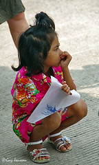 """Girl in Chiang Rai • <a style=""""font-size:0.8em;"""" href=""""http://www.flickr.com/photos/23163398@N00/37537290880/"""" target=""""_blank"""">View on Flickr</a>"""