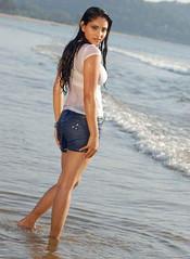 Indian Actress Ramya Hot Sexy Images Set-1 (75)