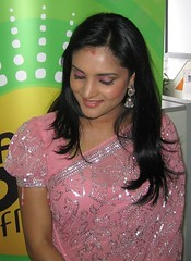 Indian Actress Ramya Hot Sexy Images Set-1 (74)