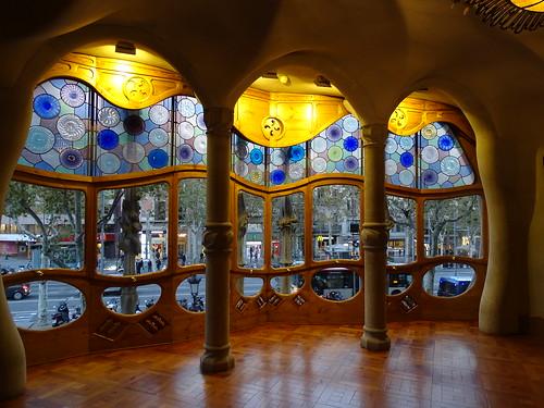 "Casa Batlló Gaudi Barcelona • <a style=""font-size:0.8em;"" href=""http://www.flickr.com/photos/160223425@N04/24935609938/"" target=""_blank"">View on Flickr</a>"