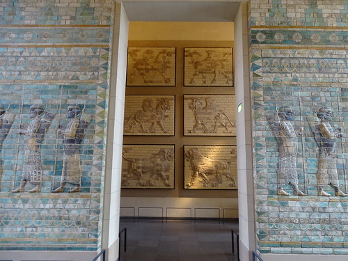 """Louvre Paris • <a style=""""font-size:0.8em;"""" href=""""http://www.flickr.com/photos/160223425@N04/24985484348/"""" target=""""_blank"""">View on Flickr</a>"""