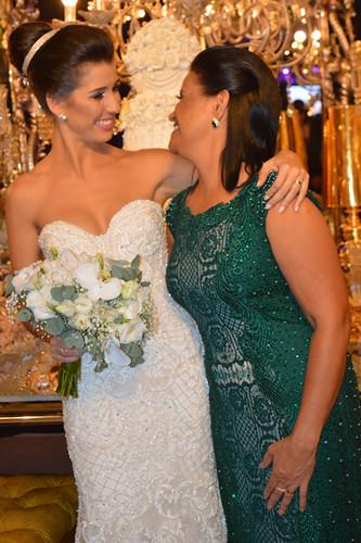 Cumplicidade na felicidade entre mãe e filha