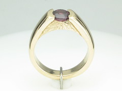 Rockies Collection 14KTYG Ring Pyrope Garnet 1.37 ct.