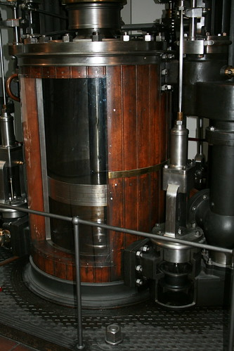 "Deutsches Museum München Steam Engine • <a style=""font-size:0.8em;"" href=""http://www.flickr.com/photos/160223425@N04/38910398511/"" target=""_blank"">View on Flickr</a>"