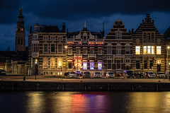 Le Beau Rivage in Dutch