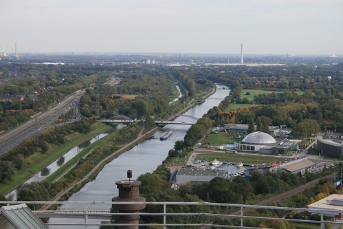 """Gasometer Oberhausen • <a style=""""font-size:0.8em;"""" href=""""http://www.flickr.com/photos/160223425@N04/38952471541/"""" target=""""_blank"""">View on Flickr</a>"""