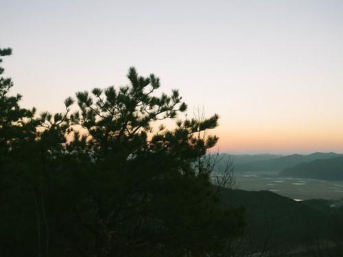 Climbing Geom-moo mountain for sunrise_MDY_180101_38