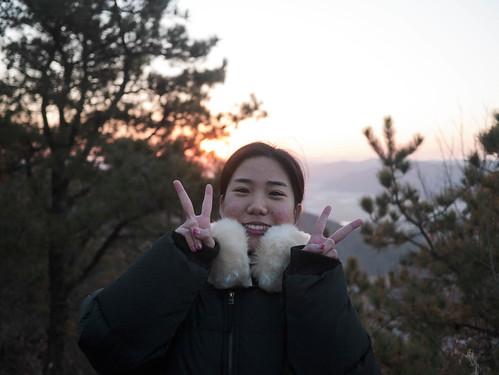 Climbing Geom-moo mountain for sunrise_MDY_180101_60