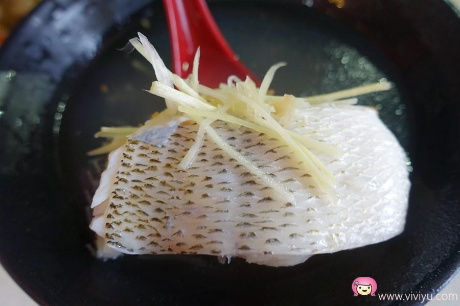 [萬華美食]阿鴻知高飯.鱸魚湯~艋舺華西街夜市24小時營業.道地台灣味小吃 @VIVIYU小世界