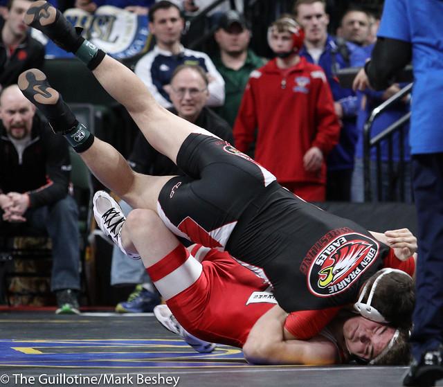 Quarterfinal - Sam Horn (Eden Prairie) 43-1 won by fall over Isaac Arjes (Austin) 18-2 (Fall 3:54) - 180302bmk0040