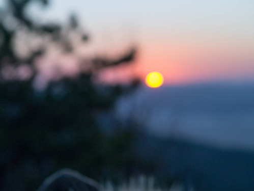 Climbing Geom-moo mountain for sunrise_MDY_180101_45