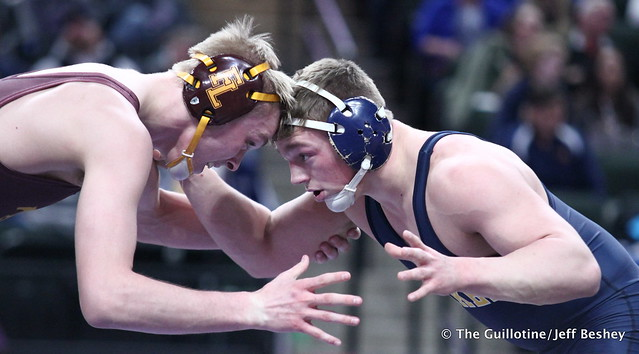 3rd Place Match - Kenny O'Neil (Prior Lake) 32-4 won by decision over Grant Parrish (Forest Lake) 46-8 (Dec 5-2). 180303BJF0295