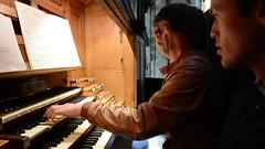 Simon Stelling bespeelt het Cavaillé-Coll orgel te Rouen.