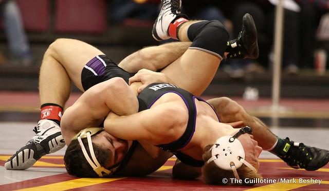 157: No. 18 Jake Short (Minnesota) maj. dec. Shayne Oster (Northwestern) 18-6. 180128AMK0008