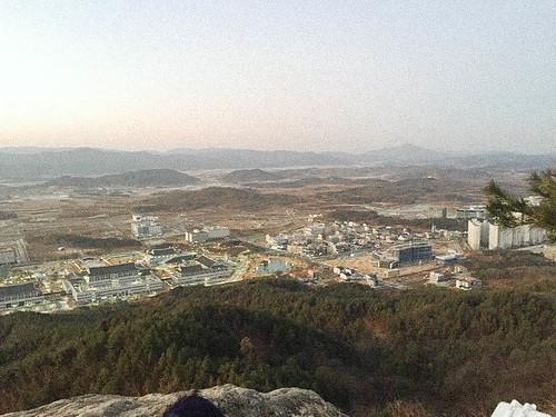 Climbing Geom-moo mountain for sunrise_MDY_180101_35