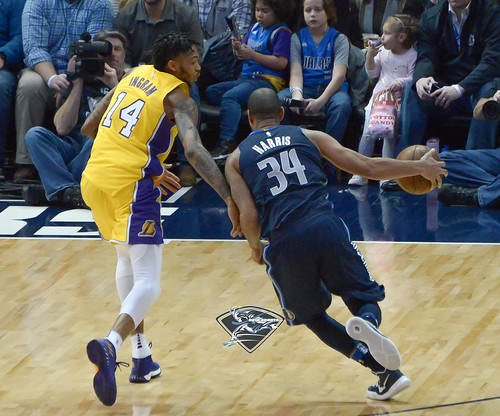"""Los Angeles Lakers vs Dallas Mavericks • <a style=""""font-size:0.8em;"""" href=""""http://www.flickr.com/photos/10266314@N06/24840793747/"""" target=""""_blank"""">View on Flickr</a>"""