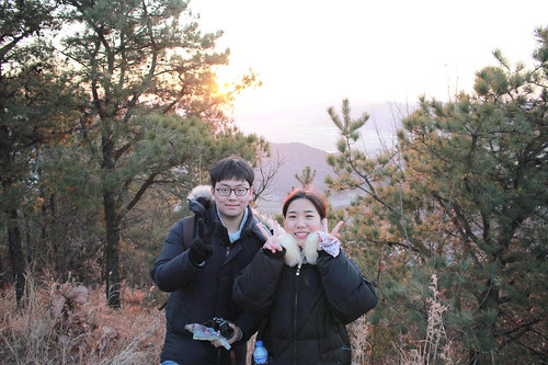 Climbing Geom-moo mountain for sunrise_MDY_180101_74