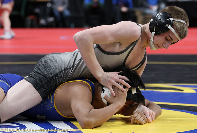 Quarterfinal - Jackson Hale (GMLOS) 33-3 won by decision over Jorge Hernandez (LeSueur-Henderson) 37-9 (Dec 4-1) - 180302cmk0018
