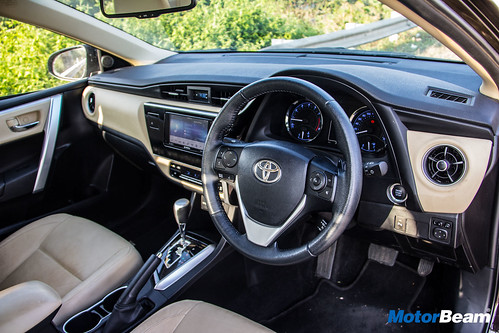 all new corolla altis 2018 interior grand avanza veloz 1.5 toyota review test drive motorbeam 2017 7