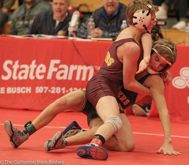 113 - Derrick Cardinal (Forest Lake) over Brendan McGraw (Prior Lake) Fall 3:03.  171229cmk0016