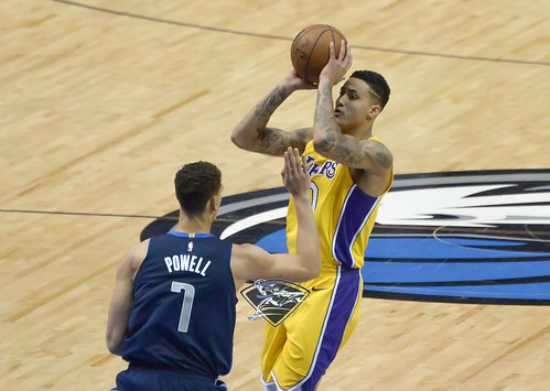 """Los Angeles Lakers vs Dallas Mavericks • <a style=""""font-size:0.8em;"""" href=""""http://www.flickr.com/photos/10266314@N06/24840792497/"""" target=""""_blank"""">View on Flickr</a>"""