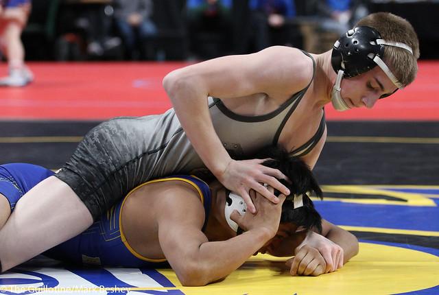 120A Quarterfinal - Jackson Hale (GMLOS) 34-5 won by decision over Jorge Hernandez (LeSueur-Henderson) 39-10 (Dec 4-1) - 180302cmk0018