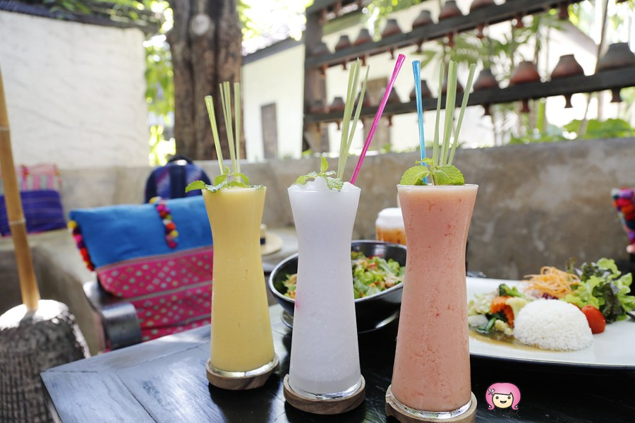 [清邁美食]Fahtara Coffee│Fah Lanna Spa旁餐廳.全天候供餐~環境美.餐點好吃 @VIVIYU小世界