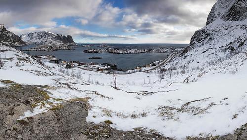 View over Reine