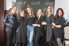 Vlasnica salona Marinela Grančić sa svojim timom i modelima