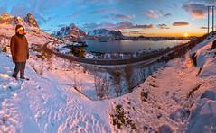 Sunrise in Reine