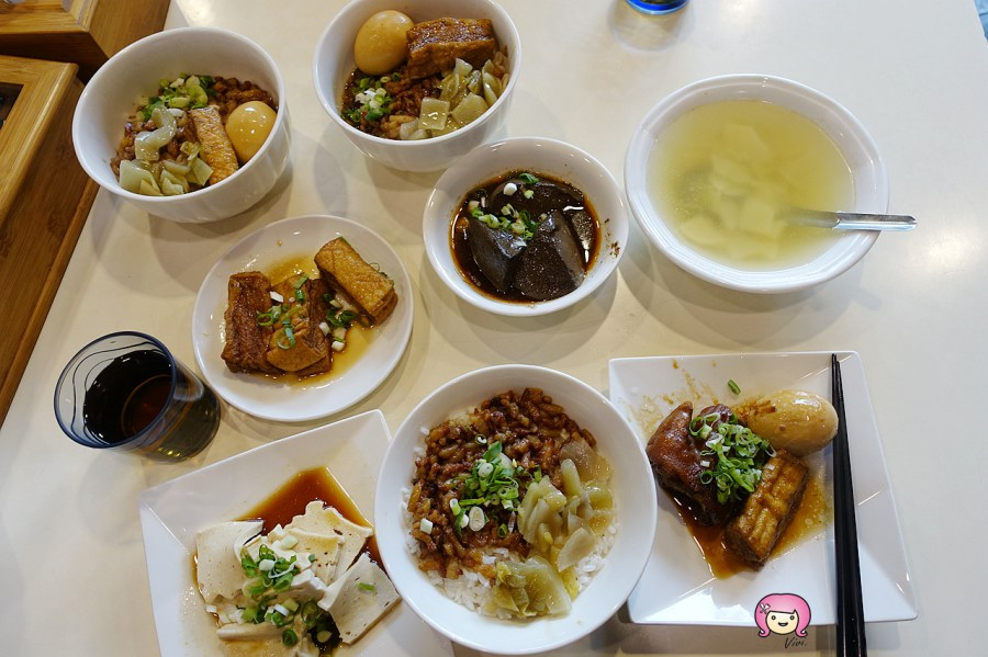 桃園美食,滷肉飯,豬滷飯,銅板美食,飛米子,麻辣鴨血,龜山滷肉飯,龜山美食 @VIVIYU小世界