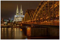 Hohenzollernbrucke Bridge and Köln Cathedral. 🇩🇪