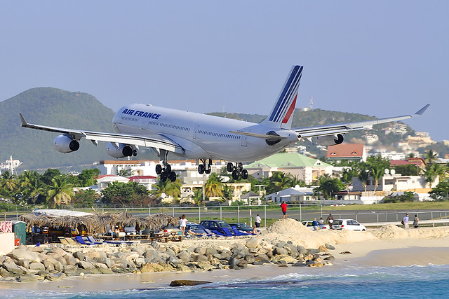 Air France Airbus A340-313X (F-GLZ0)