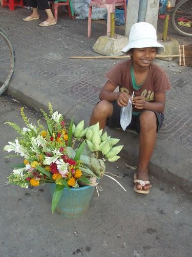 201003070320_flower-vendor