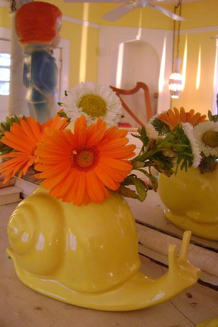 vintage yellow snail planter