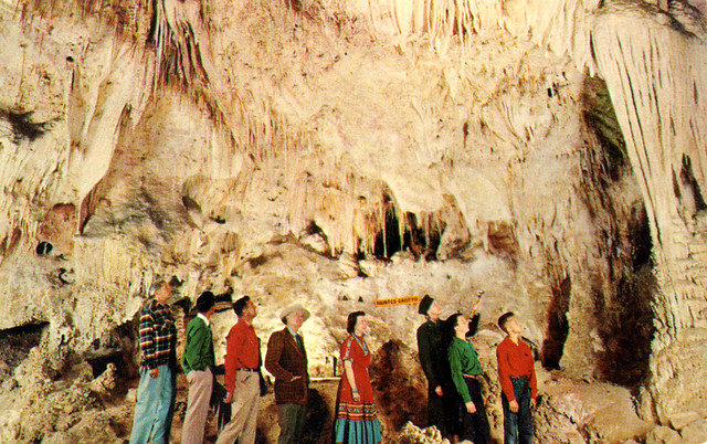 painted_grotto_carlsbad_caverns_new_mexico