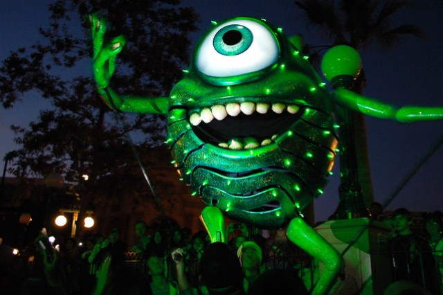 World of Color Puppet - Mike Wazowski