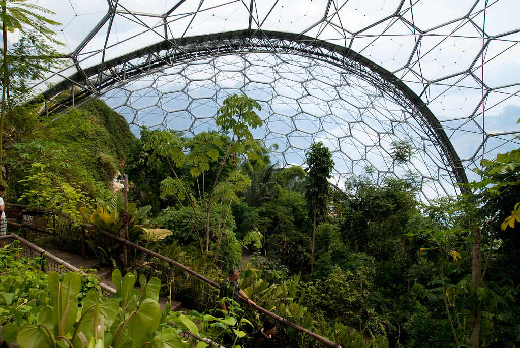 The Largest Greenhouse in the World «TwistedSifter