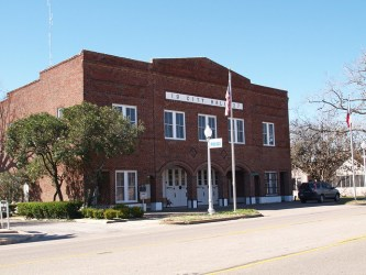 town hall buildings texas shiner signs roads flickr