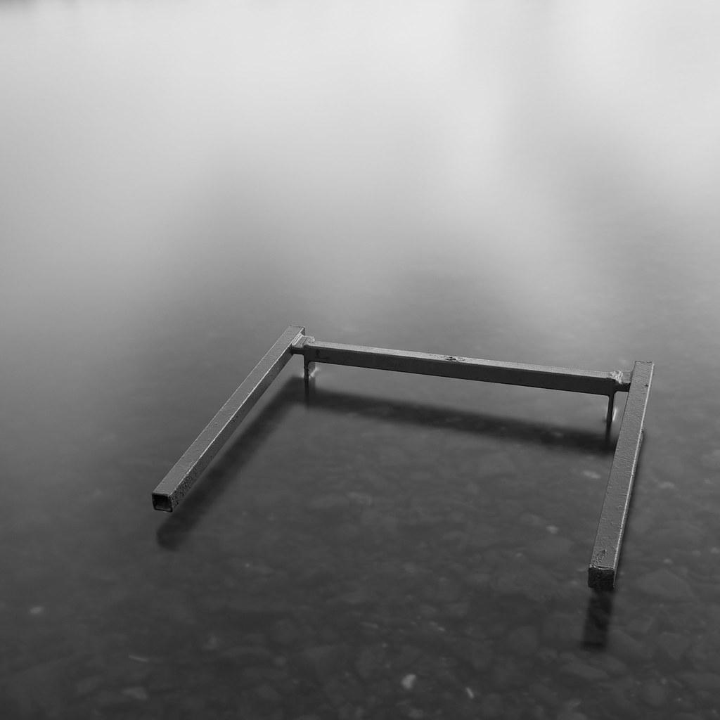 Table Legs, Nine Elms, 30 seconds