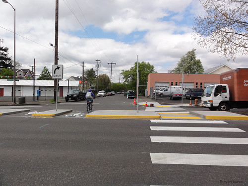 Bike boulevard at Going and MLK